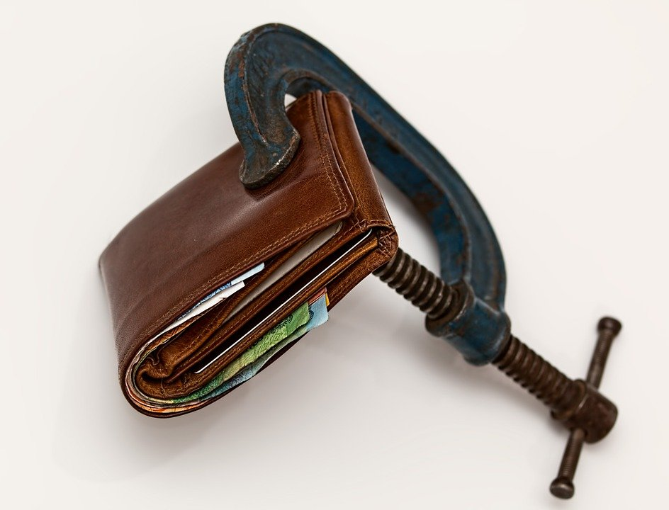 An image to depict an attachment of earnings